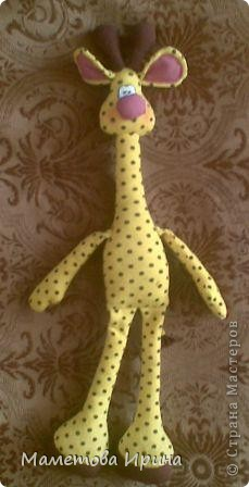 Давно хотела своему сынуле сделать жирафа, а вот еще и выкройку интересную нашла. фото 2