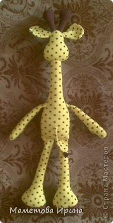 Давно хотела своему сынуле сделать жирафа, а вот еще и выкройку интересную нашла. фото 3
