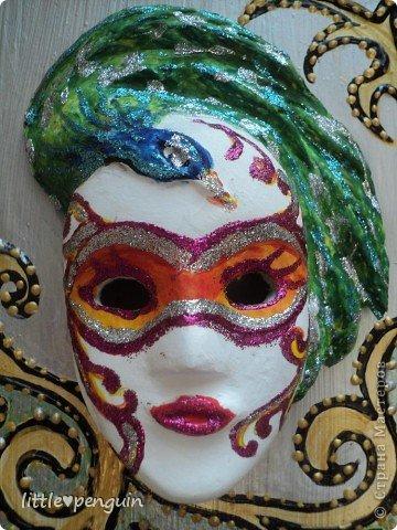 На днях сделала маску.Использовала туалетную бумагу и акриловые краски для росписи. фото 4