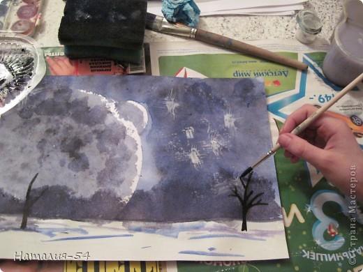 """Однажды я услышала фразу, что научиться рисовать может каждый! Стоит только захотеть!  У меня нет художественного образования! Хотя немножко рисую,  больше даже срисовываю, но с красками """"общаюсь"""" давно.  Вчера мы с доченькой провели еще один в своем роде эксперимент.  Итак, увидев картинку  в интернете, я попробовала воспроизвести нечто подобное на листе бумаги, при этом определила для себя четкую последовательность действий. На фото № 1 мой рисунок. фото 13"""