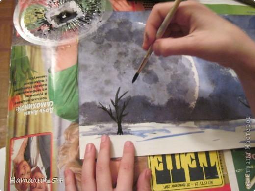 """Однажды я услышала фразу, что научиться рисовать может каждый! Стоит только захотеть!  У меня нет художественного образования! Хотя немножко рисую,  больше даже срисовываю, но с красками """"общаюсь"""" давно.  Вчера мы с доченькой провели еще один в своем роде эксперимент.  Итак, увидев картинку  в интернете, я попробовала воспроизвести нечто подобное на листе бумаги, при этом определила для себя четкую последовательность действий. На фото № 1 мой рисунок. фото 14"""