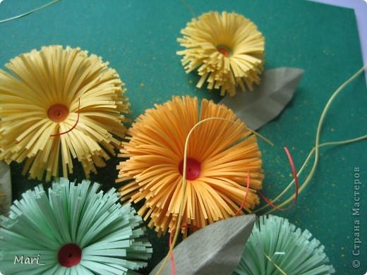 """Окончательный вариант- смастерила из оранжевого картона и желтой бумажки подобие паспарту, все равно по-простецки, но вполне """"солнечно"""" фото 6"""