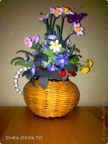 Цветы вплетеном  горшке. фото 1