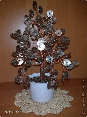 Денежное дерево из монет фото 1