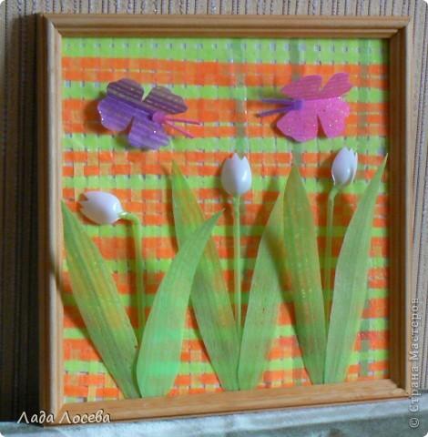Картина из коктейльных трубочек, которые были проглажены через вощёную бумагу  фото 1