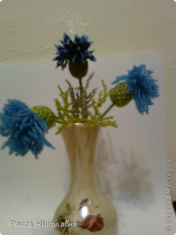 Цветы Анютины глазки в темной вазе.Бисероплетение.Бисер. фото 3