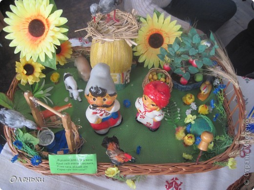 Выставка представляла собой изделия народного творчества и работы по истории родного края.  фото 8