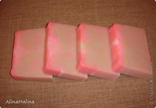 Лавандовое мыло с люфой фото 2
