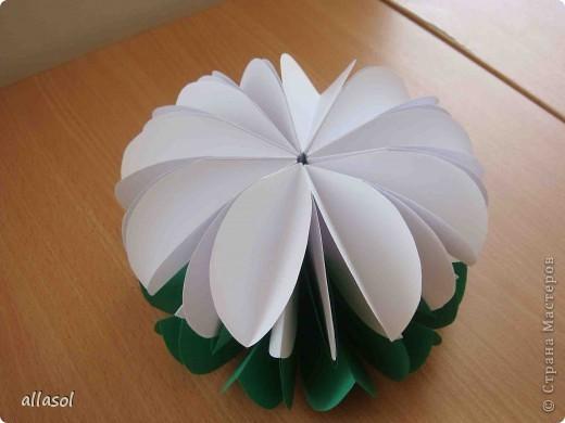 Вот такие цветочки получились! Есть много идей по их применению. Например, из этих будем делать пасхальную композицию. Потом покажу результат. фото 11