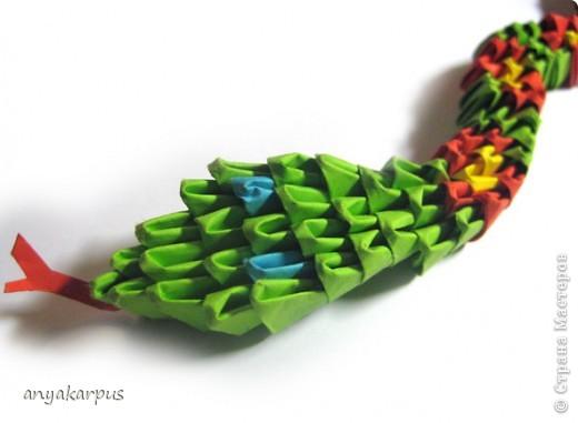 Вот и Катюшина змея, а точнее - змейка. На работу ее вдохновил Еремеев Николай и его фото сессия http://stranamasterov.ru/node/156764. фото 2