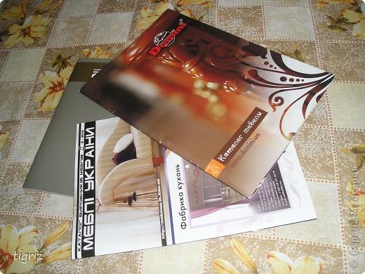 Вот такие конвертики (коробочки) для дисков с мультяшками у меня получились из журналов. фото 2