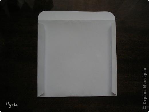 Вот такие конвертики (коробочки) для дисков с мультяшками у меня получились из журналов. фото 5