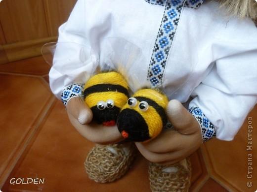 Зовут меня Петровичем! Занимаюсь домом, есть хозяйство: развожу пчелок, собираю медок))) фото 2