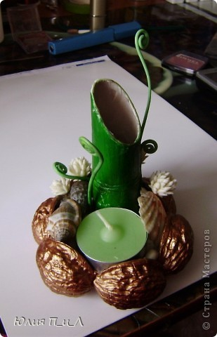 Вот такой чудо-остров у меня получился…Делала сотруднице на день рождения букетик, изначально не зная результата. Слепила что-то типа орхидей…А уж когда начала раздумывать как его оформить - все это и получилось. фото 2