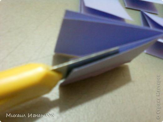 Как то делая оригами я подумал что много времени уходит на разметку и вырезание листочков для модулей и вот такая мысль мне пришла в голову. Для этого нам понадобится: карандаш, линейка, нож (желательно канцелярский) и собственно лист формата А4. фото 10