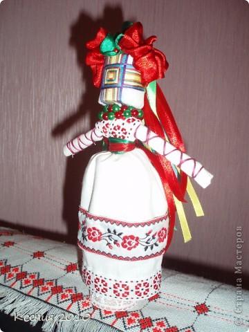 Предлагаю  мастерицам такой  старинный  оберег,  думаю  всем захочется  сделать такую  куклу-мотанку фото 4