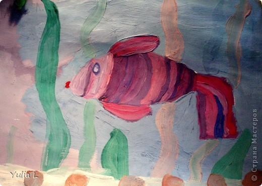 Вот уже полгода, как Анюта посещает художественную школу. Хочу представить всем заглянувшим небольшой фотоотчет.  Все работы А3 формата. Техники две - живопись и графика. Тигренок в траве. Гуашь. фото 3
