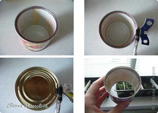 Берем консервную банку (у меня от томатной пасты), открывалкой делаем безопасный край (чтоб не порезаться), вырезаем дно. фото 1