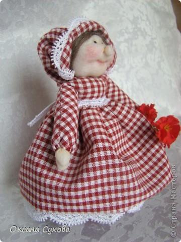 На одном из сайтов (не могу найти на каком) увидала куколок..., взяла за основу и вот такая у меня вышла Тётушка. фото 1