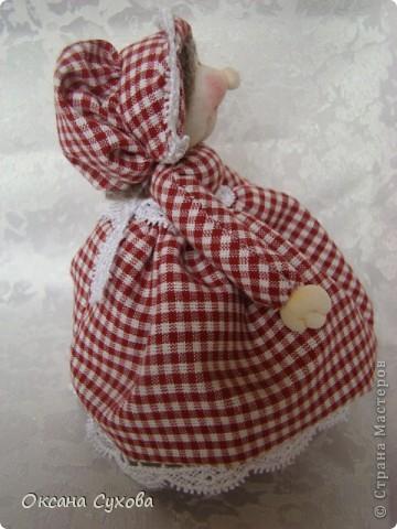 На одном из сайтов (не могу найти на каком) увидала куколок..., взяла за основу и вот такая у меня вышла Тётушка. фото 3