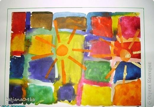 рисунки выполнены гуашью,,,зонтики - печать губкой через  трафарет фото 5