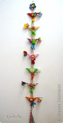 """Очень часто использую в своей работе книгу Галины Дайн """"Детский народный календарь"""". На этот раз я обратила внимание на тряпичных птичек. фото 10"""