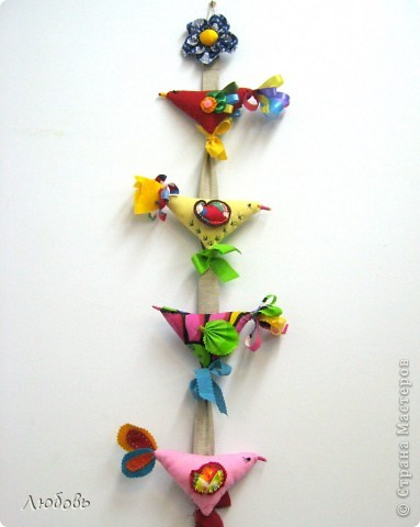 """Очень часто использую в своей работе книгу Галины Дайн """"Детский народный календарь"""". На этот раз я обратила внимание на тряпичных птичек. фото 9"""
