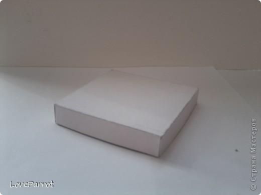 У меня было много картона и я решила сделать  вот такую весеннюю коробочку. фото 3