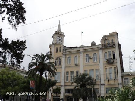 """Абхазия - страна души (""""Апсны""""). Эта страна с прекрасным климатом и пейзажем, интересными достопримечательностями. Абхазия поражает своей буйной и разнообразной растительностью. 2-3 ее территории занимают горы. фото 3"""
