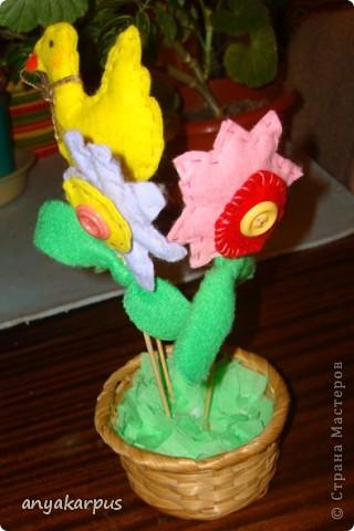 Подруга попросила подкинуть идею с поделкой в школу (девочке 8 лет). Я вспомнила о своих планах пошить тильд к пасхе и предложила ей адаптировать процесс шитья к детскому творчеству. Вот что у нас получилось: Это шила моя дочь Катя (9 лет) фото 3