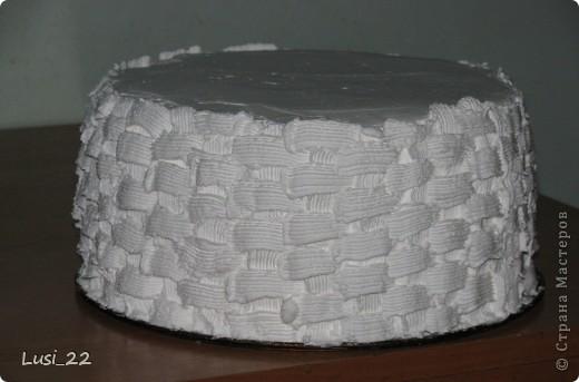 Этот торт внутри медовик. А так как на улице весна, решила оформить в таком духе. фото 51