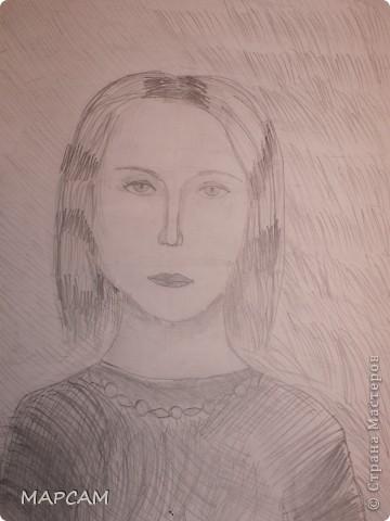 """Снова, здравствуйте. Сегодня решила выложить рисунки моей дочки Анечки (9 лет) в своем блоге. До этого не доходили руки сфотографировать. Здесь не все работы моего ребенка, некоторые мы подарили крестным, некоторые работы на выставке.  Итак, первая работа """"Рыбки"""" (техника рисования акварелью по восковым мелкам). фото 5"""