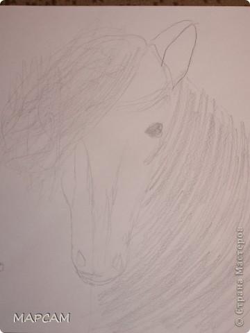 """Снова, здравствуйте. Сегодня решила выложить рисунки моей дочки Анечки (9 лет) в своем блоге. До этого не доходили руки сфотографировать. Здесь не все работы моего ребенка, некоторые мы подарили крестным, некоторые работы на выставке.  Итак, первая работа """"Рыбки"""" (техника рисования акварелью по восковым мелкам). фото 16"""