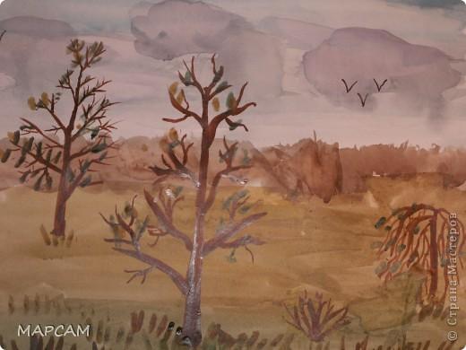 """Снова, здравствуйте. Сегодня решила выложить рисунки моей дочки Анечки (9 лет) в своем блоге. До этого не доходили руки сфотографировать. Здесь не все работы моего ребенка, некоторые мы подарили крестным, некоторые работы на выставке.  Итак, первая работа """"Рыбки"""" (техника рисования акварелью по восковым мелкам). фото 17"""