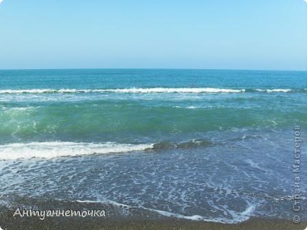 """Абхазия - страна души (""""Апсны""""). Эта страна с прекрасным климатом и пейзажем, интересными достопримечательностями. Абхазия поражает своей буйной и разнообразной растительностью. 2-3 ее территории занимают горы. фото 38"""