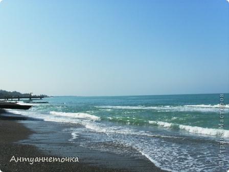"""Абхазия - страна души (""""Апсны""""). Эта страна с прекрасным климатом и пейзажем, интересными достопримечательностями. Абхазия поражает своей буйной и разнообразной растительностью. 2-3 ее территории занимают горы. фото 40"""