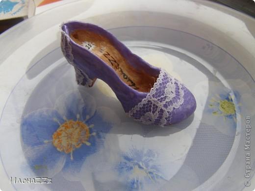 Сделать такие туфельки несложно. Длина около 6 см фото 10