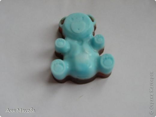 Моё первое мылко из мыльной основы. С начала мы пробовали делать из детского , но получалась ерунда какая-то. фото 5