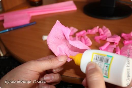 Роза из гофрированной бумаги.Первый МК. фото 14