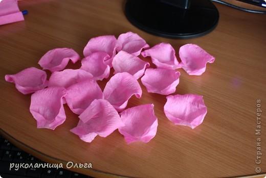 Роза из гофрированной бумаги.Первый МК. фото 17