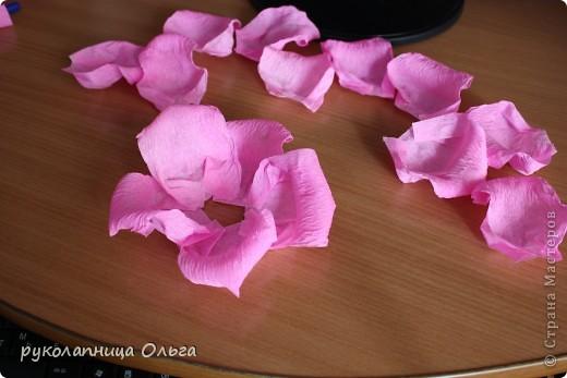 Роза из гофрированной бумаги.Первый МК. фото 21