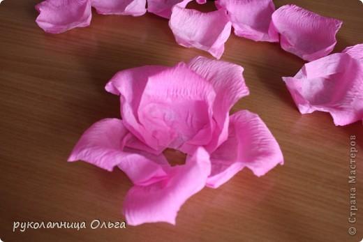 Роза из гофрированной бумаги.Первый МК. фото 22