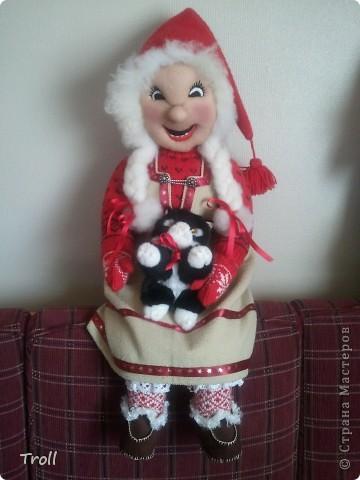 Дружная семеика норвежских рождественнских персонажей(Julenisser) фото 2