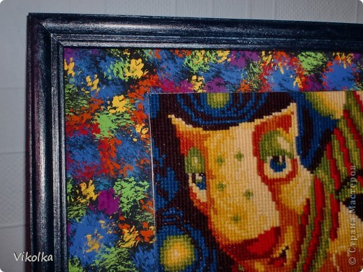 """Вот такая серия """"звездных инопланетян"""" появилась у фирмы Риолис.  Купила всех, вышила одного, не люблю шить все сюжеты сразу! Долго лежал  не оформленный, думала....  Придумала!!! Ватман, гуашь, акриловые краски для рамки и больше ничего! фото 2"""