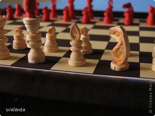 Приглашаю на партию Мои шахматы в технике квиллинг. фото 2