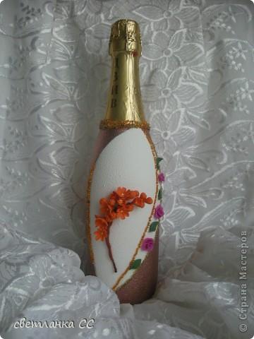 Делала дерево на выставку и остались лишние цветочки сакуры и я ими оформила бутылочку. фото 1