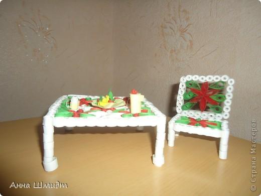 Такой вот стол и стульчик увидела здесь на Стране Мастеров, захотелось попробовать. фото 1