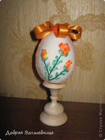Такие пасхальные яйца мы с ученицами делаем более 10 лет. Яйцо можно выполнить за 3 урока. Идею я брала из журнала (см. комменты).  Всю технологию додумывали сами. фото 16