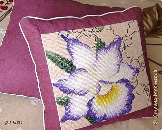 """такую маленькую подушку с милой и забавной улиткой я вышивала дважды, для своих племянниц...набор из фирмы """"Риолис"""" фото 3"""
