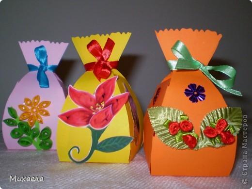 Сделали такие мешочки, а внутри  можно  конфетку для  имениника. фото 1